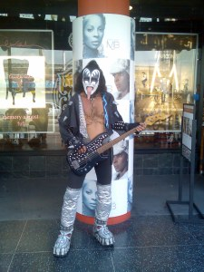 Kiss, Hollywood blvr.