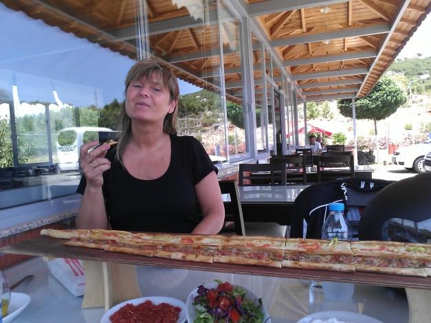 1 meter med pizza