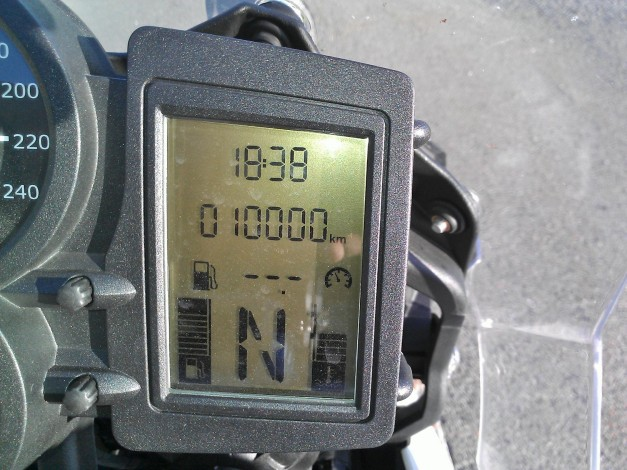 Time for BMW F800GS 10000km service