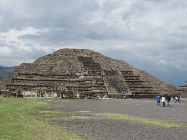 Teotihuacán, pyramid of the moon