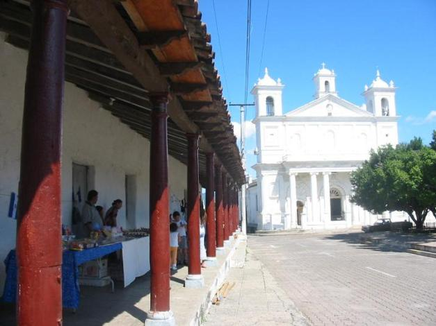 Kirken i Suchitoto